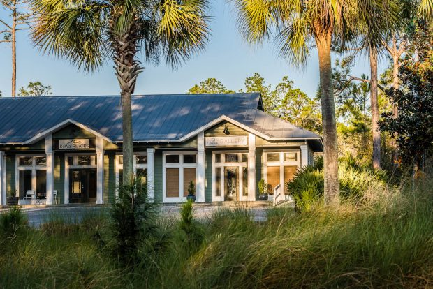 Moon Creek Gallery Opens in Grayton Beach